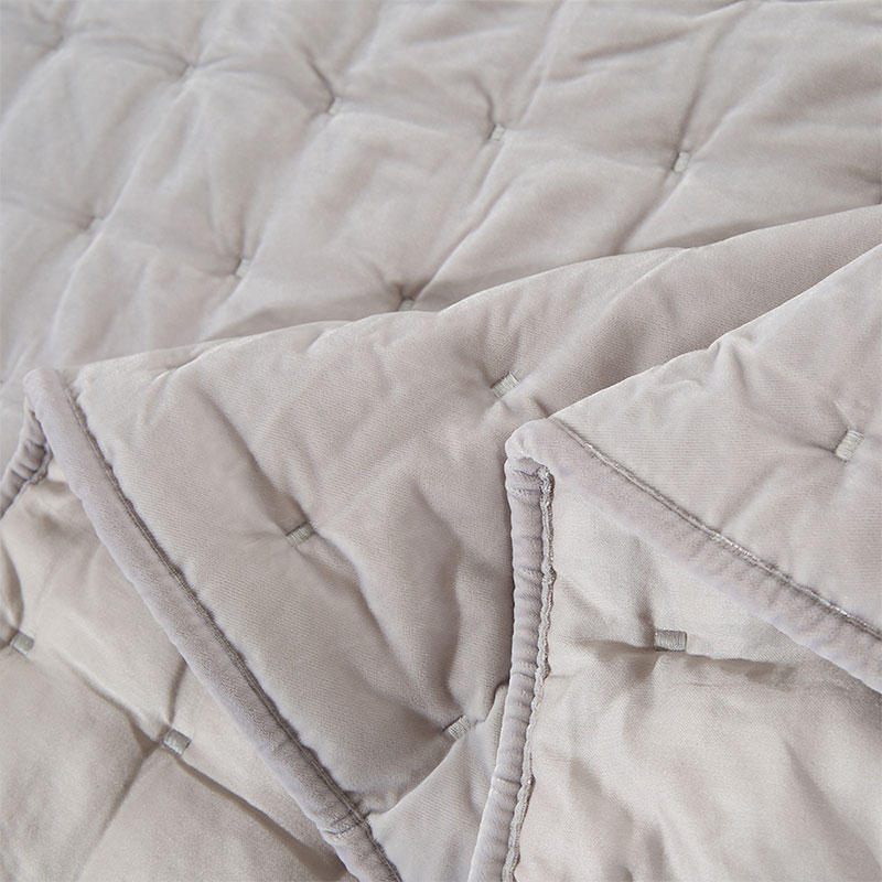 crystal fur embroidery quilt set