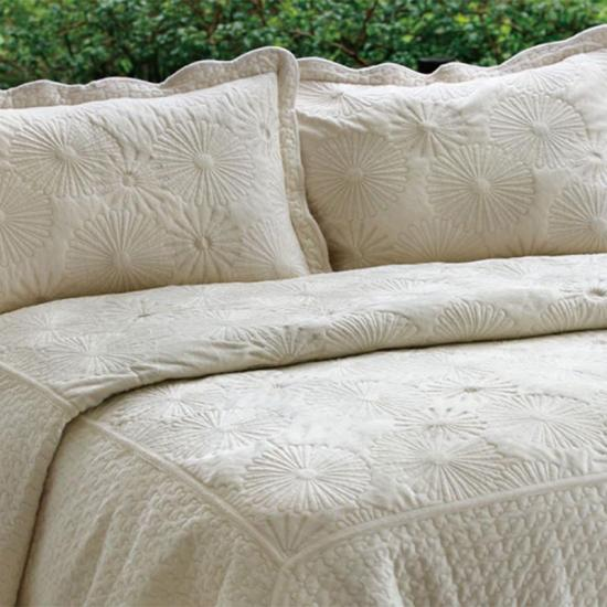 embroidered velvet quilt bedspreads coverlets