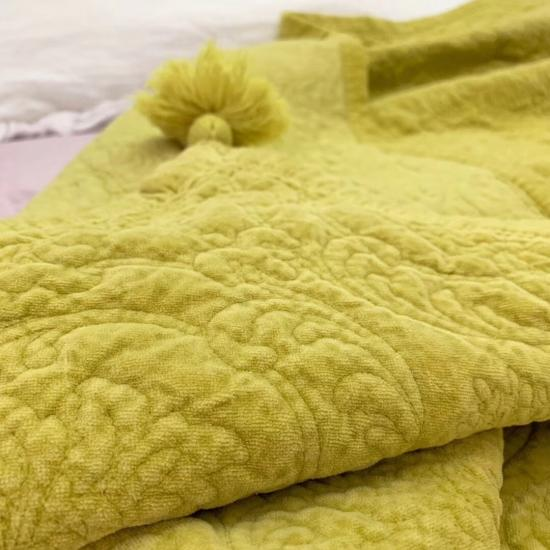 soft velvet quilted bed covers